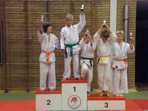 judo 55. 1e Kelly - 2e Rutger - 3e Jip - 3e Thijmen - 3e Erno